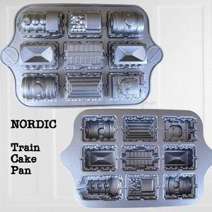 Nordic Ware 9-Car Train Cake Pan 5 cup